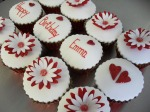 Red Daisy & Heart Cupcakes